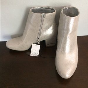 A N D shimmer boots - silver 8 1/2 - Boston Proper